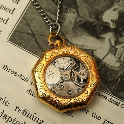 darvier-pendant-watch-vintage-conversion.jpg