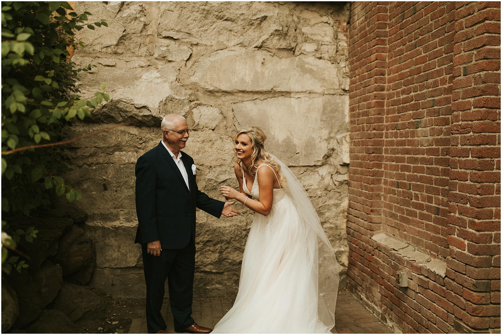Chateau Rive Spokane Wedding Cassie Trottier Photography1009.jpg
