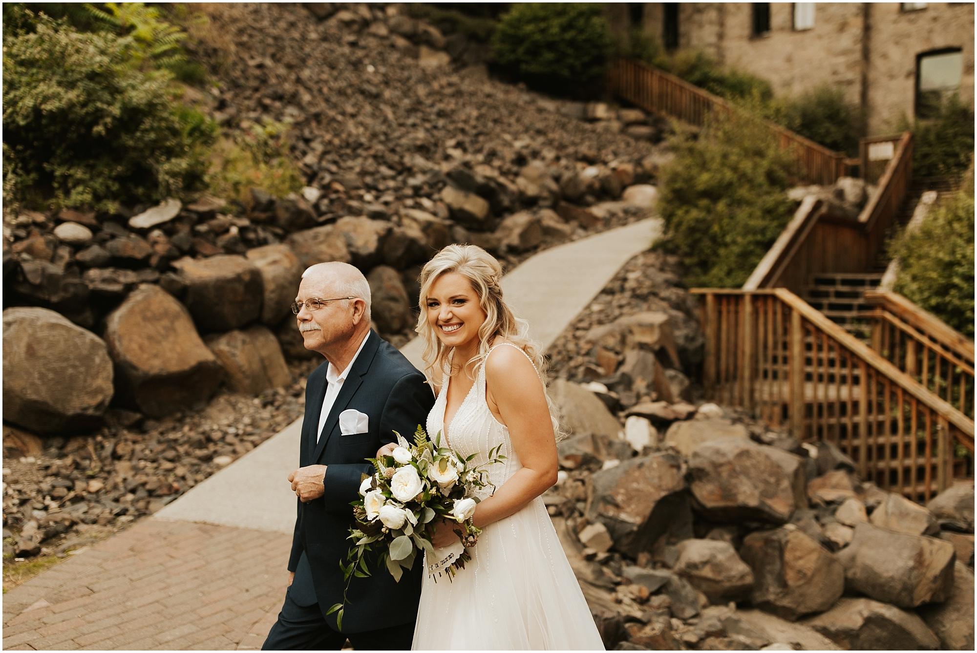 Chateau Rive Spokane Wedding Cassie Trottier Photography1067.jpg