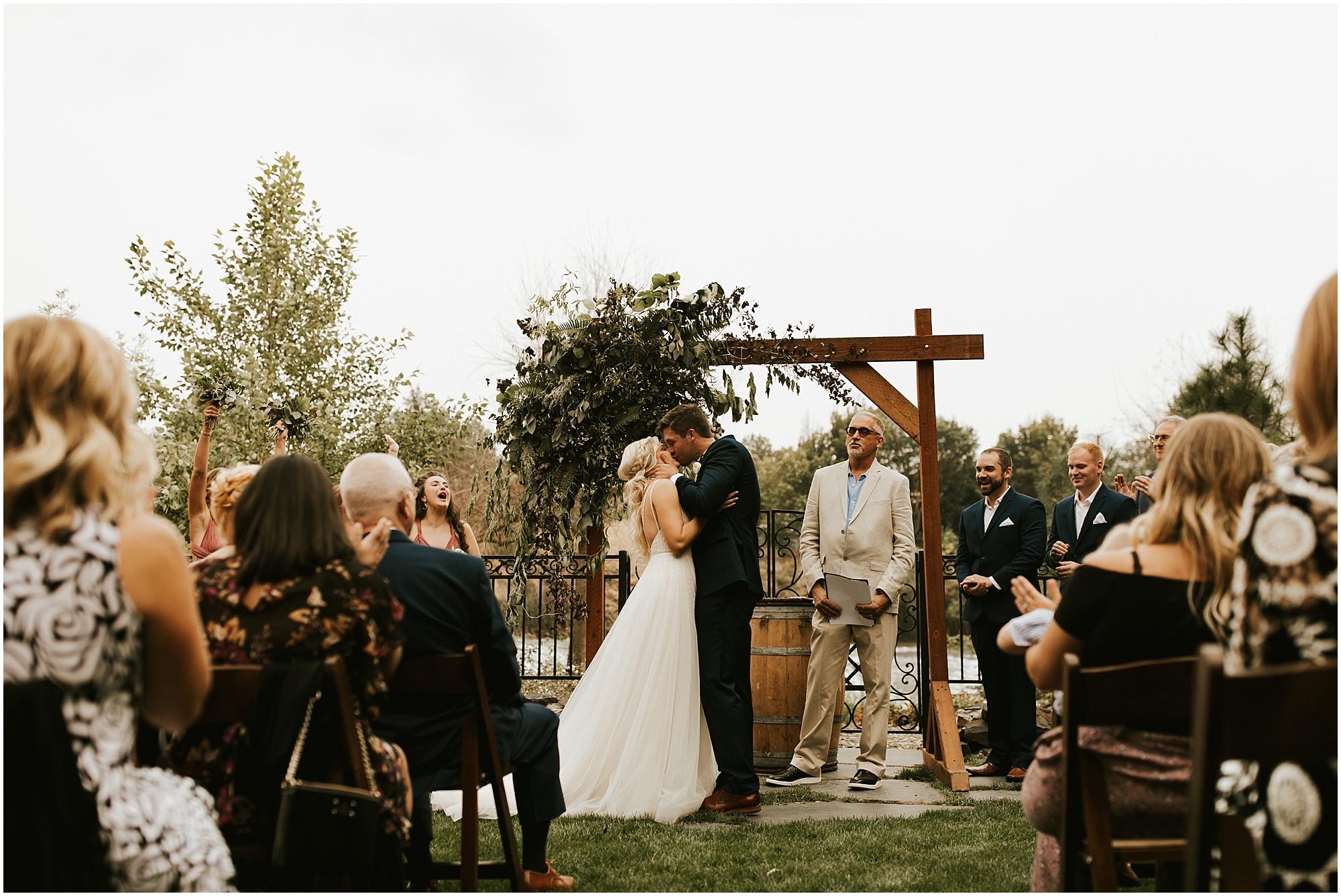 Chateau Rive Spokane Wedding Cassie Trottier Photography1087.jpg