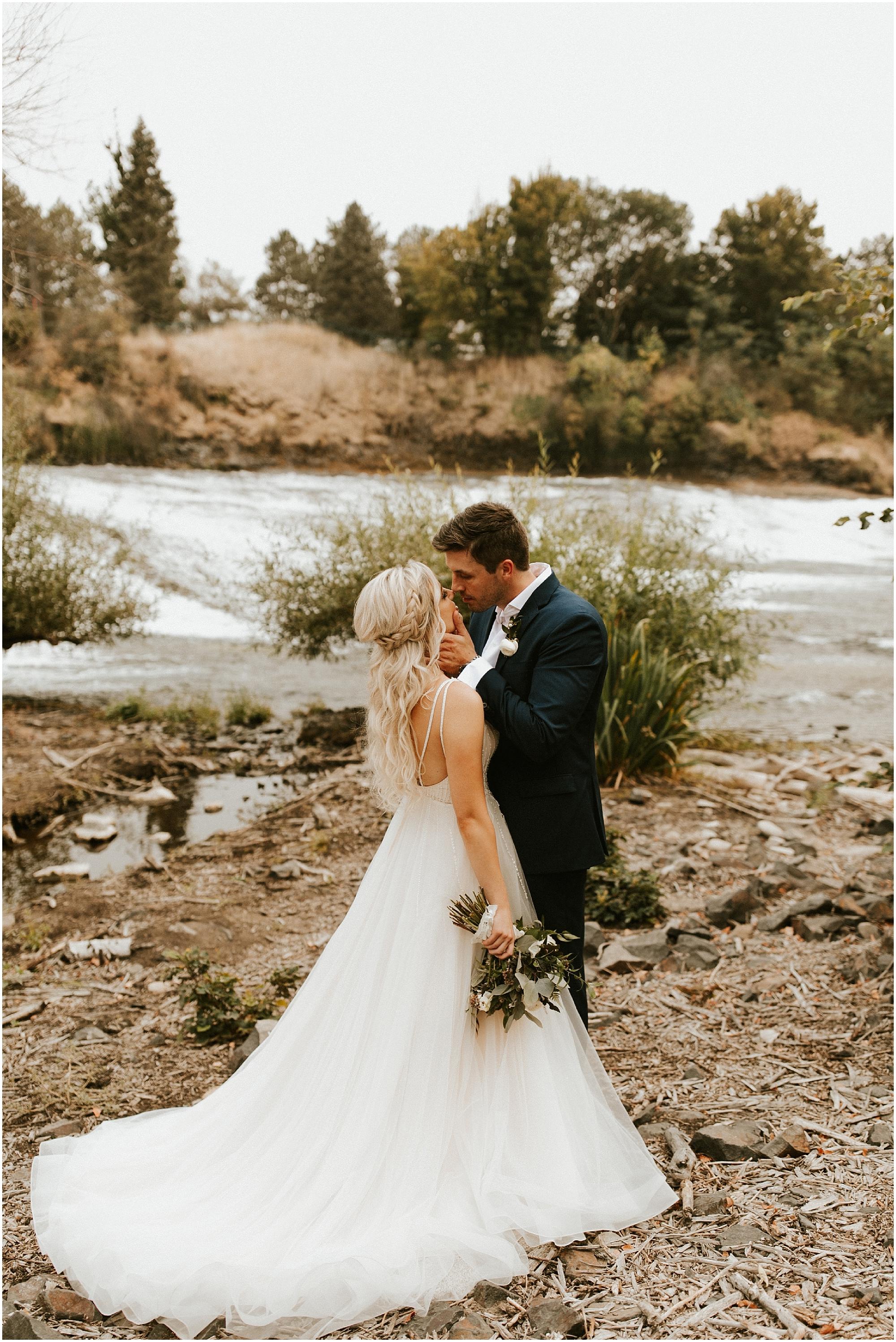 Chateau Rive Spokane Wedding Cassie Trottier Photography1099.jpg