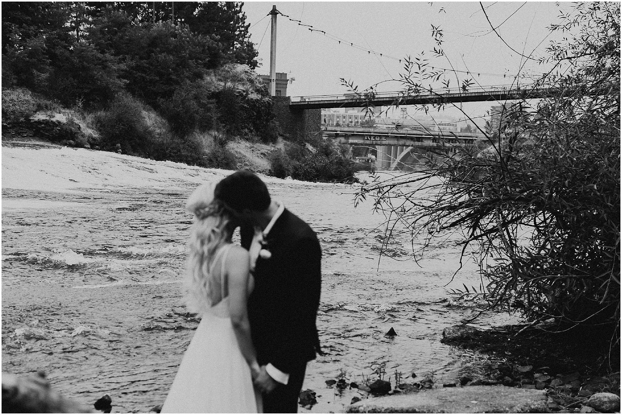 Chateau Rive Spokane Wedding Cassie Trottier Photography1108.jpg