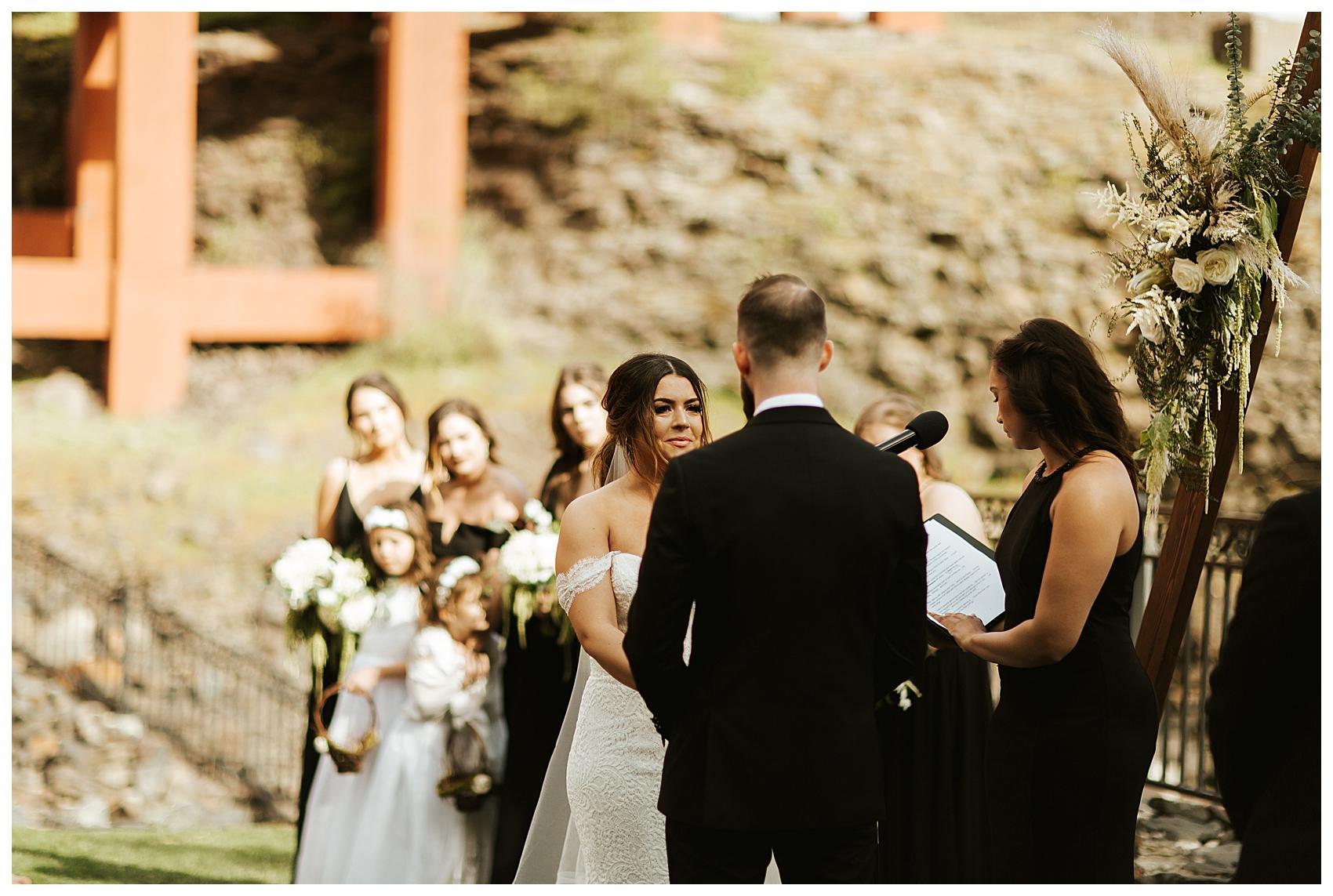 Chateau Rive Spokane Wedding Cassie Trottier Photography01055.jpg