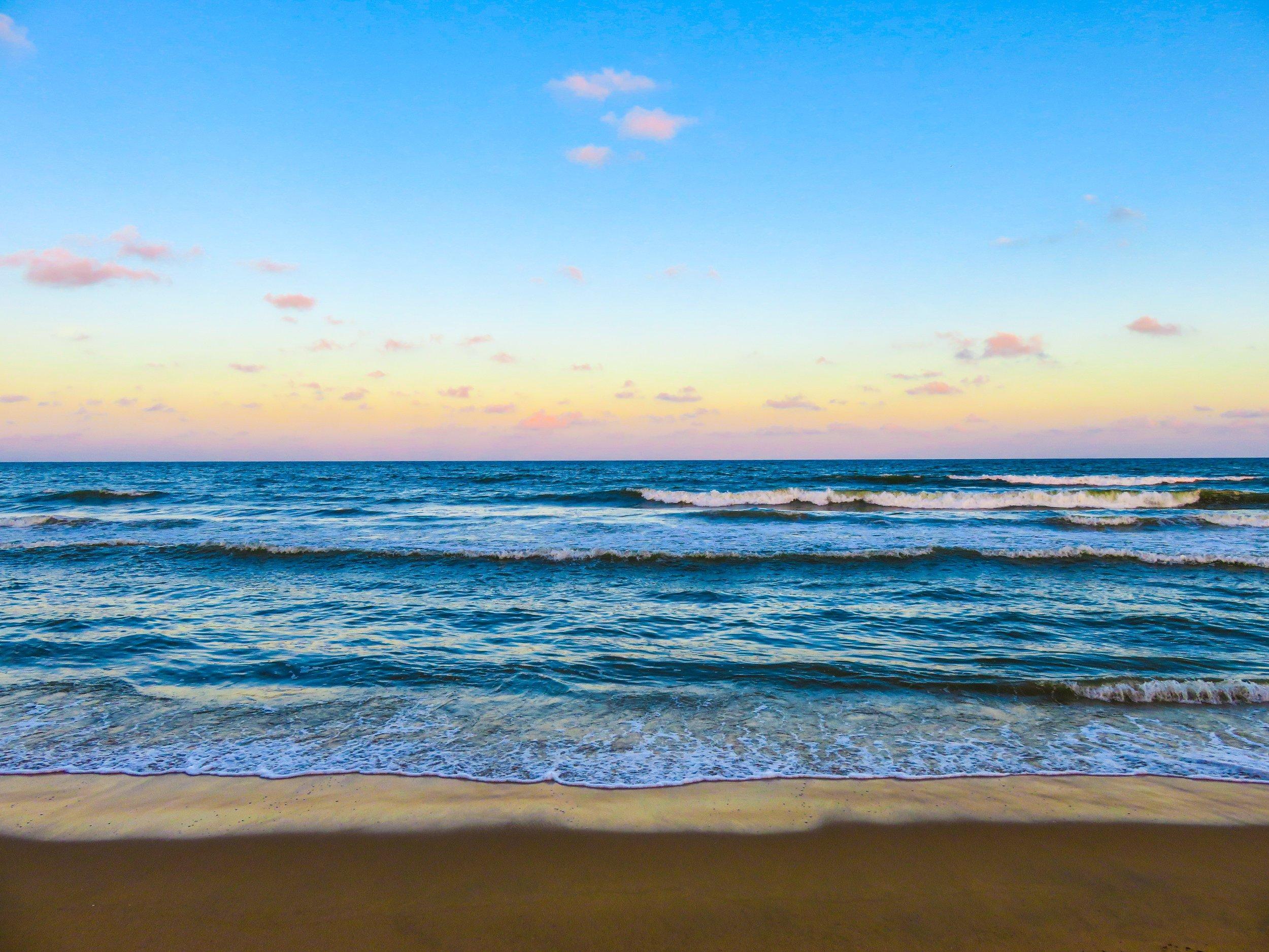beach-dusk-nature-62389.jpg