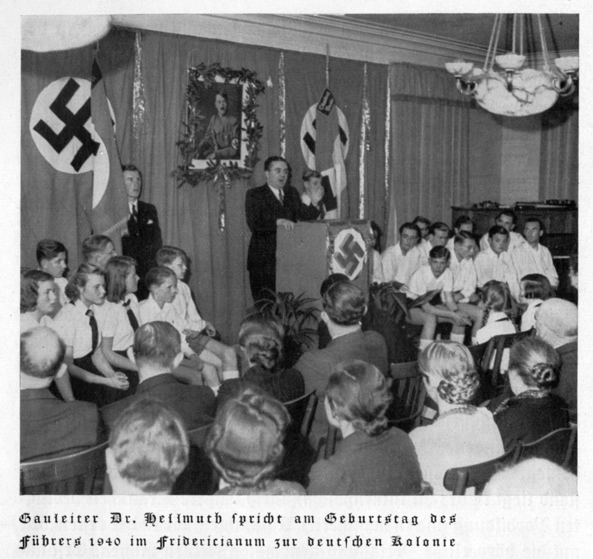 anniversaire.Hitler.gymnase.alld,davos.jpg
