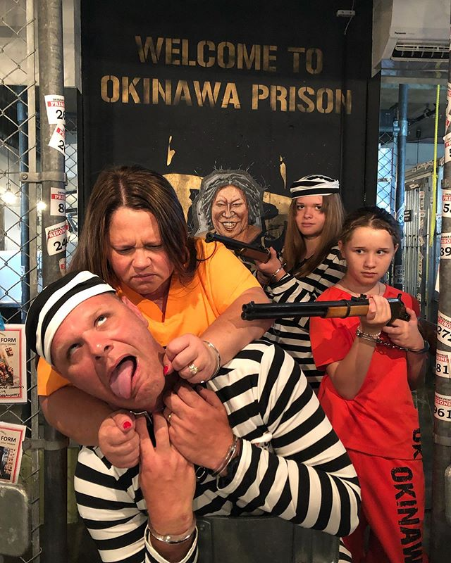 There is basically a lot of violence🤦🏻‍♀️ we liked that. What the funny prison fam🤣✨ Thanks! .  #okinawaprison #okinawa #naha #kokusaistreet #restaurant #lunch #prison #沖縄 #那覇 #国際通り #囚人体験 #監獄風レストラン #レストラン #エンターテイメント