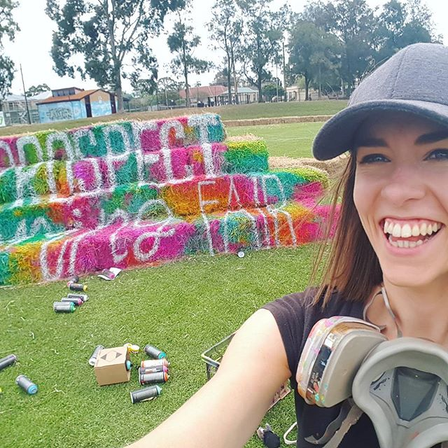 Today I've been painting hay bales!!! Really bizarre surface to paint on! There is some pretty awesome stuff getting set up on Broadview Oval for tomorrow's @cityofprospect Spring Fair. It's all free too, so if you're in the area go check it out.
