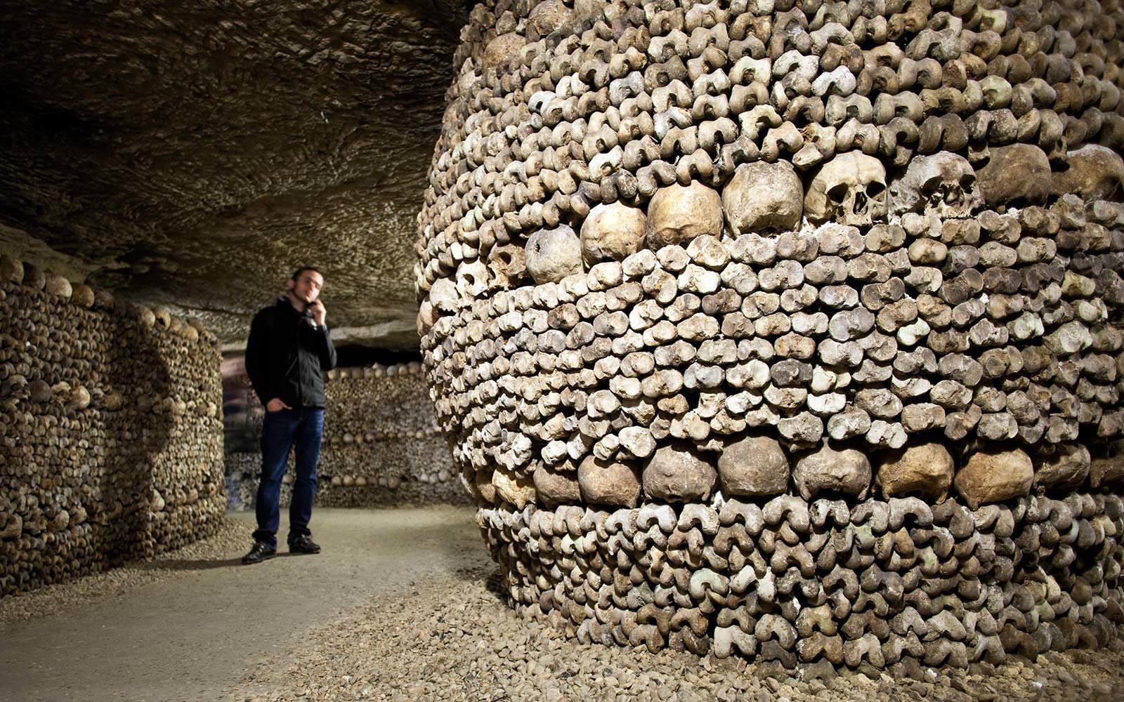 Paris Catacombs.jpg