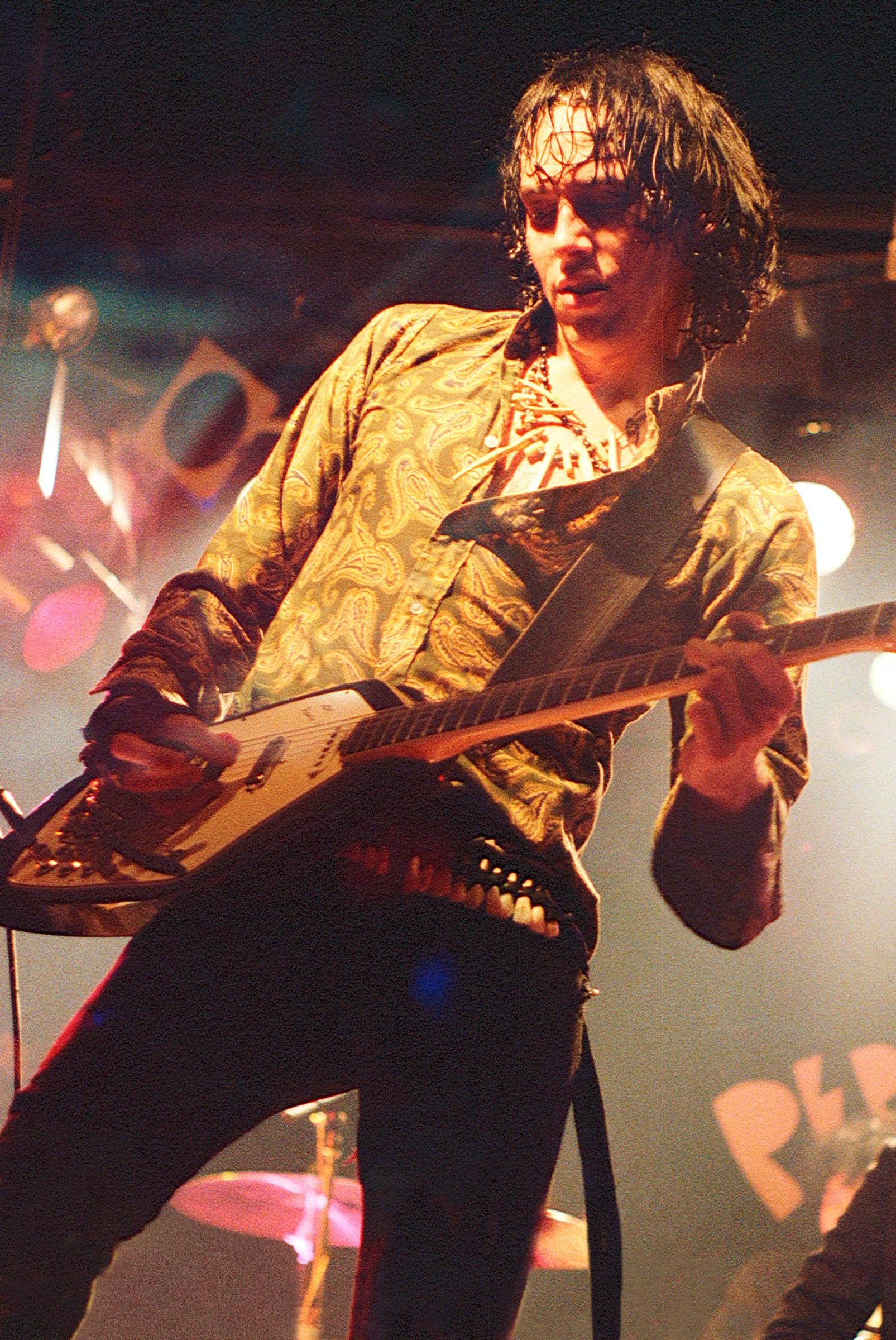 fuzztones-PepLounge1985-GregGutbezahl-27.jpg