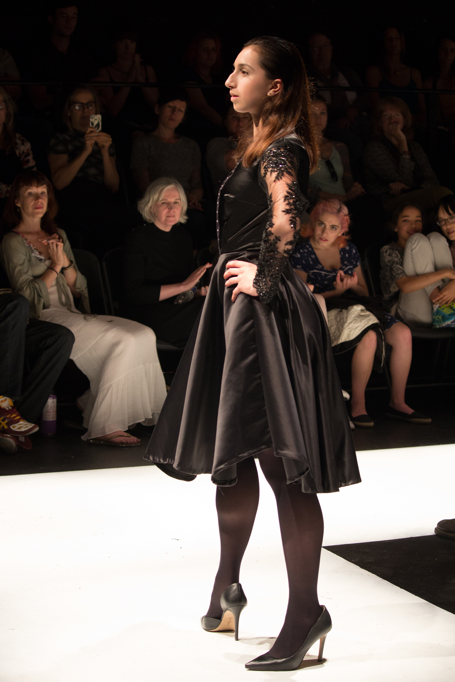 Georgia Gutbezahl-OSA-Fashion-Show-2016-024.jpg
