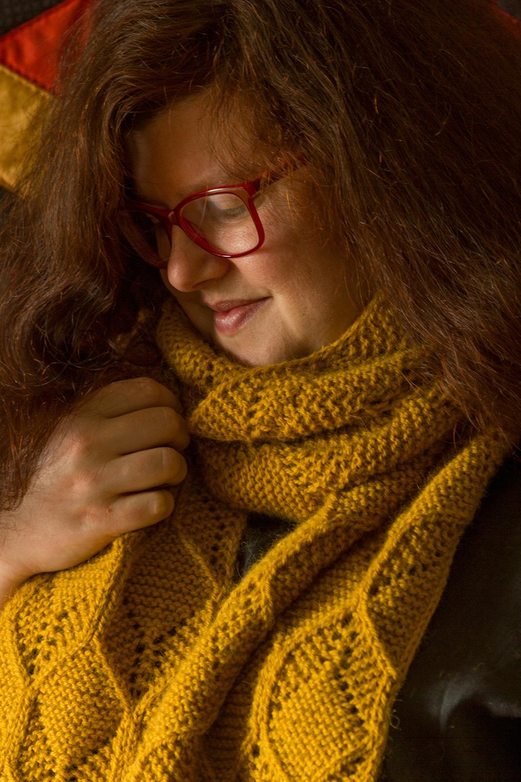 Beeswax-scarf-A-06.jpg