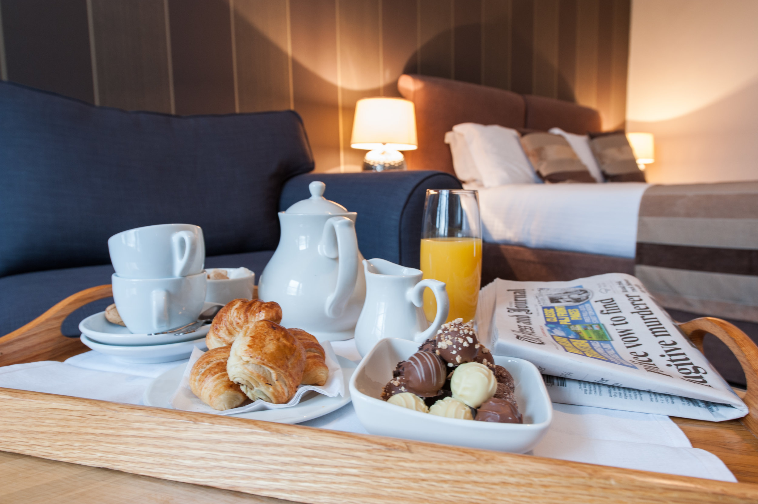 Free Breakfast Worth £25   Book direct & receive a free breakfast worth £25 per couple   View book direct benefits