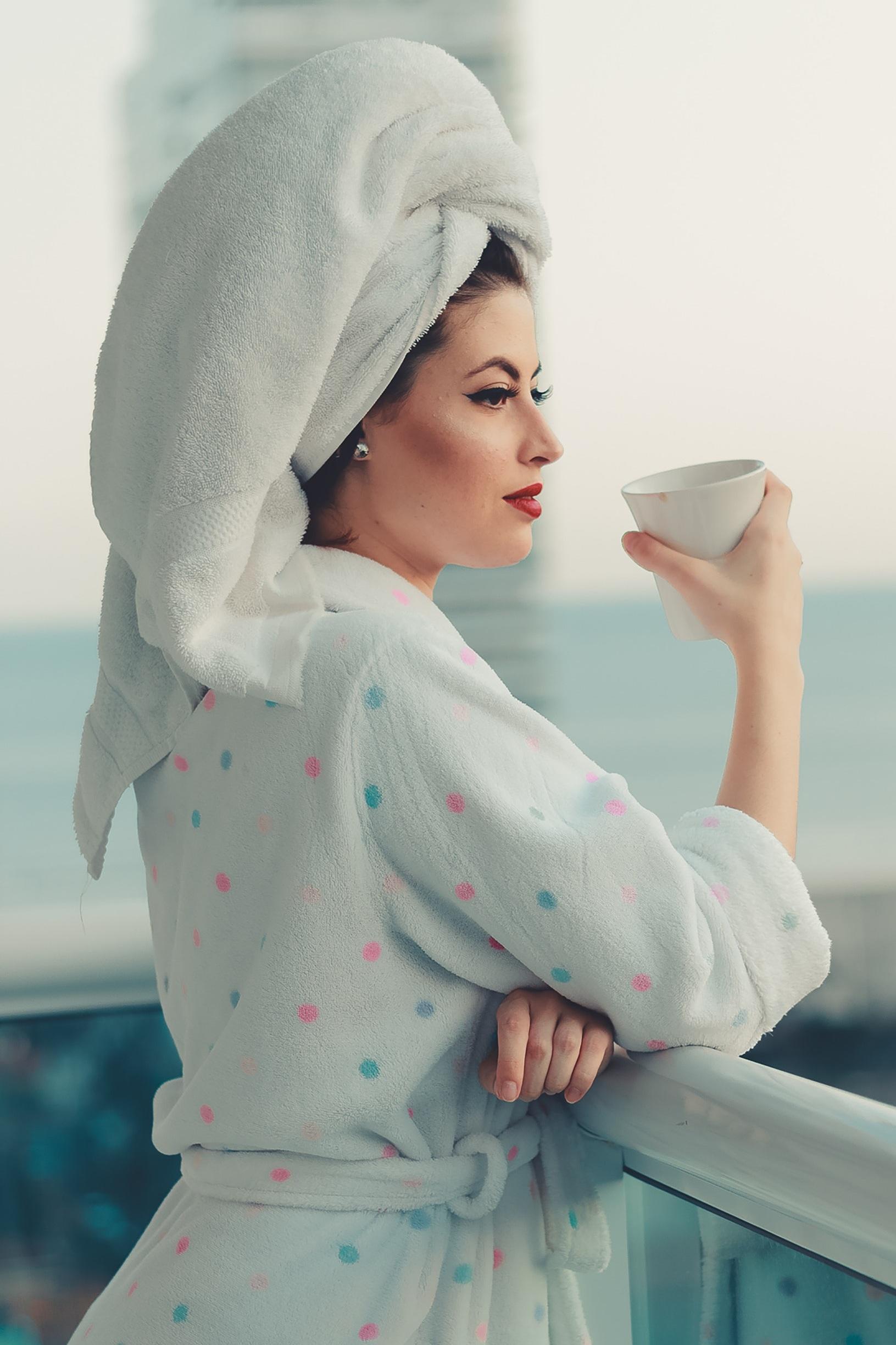 bathrobe-female-leaning-2462996.jpg