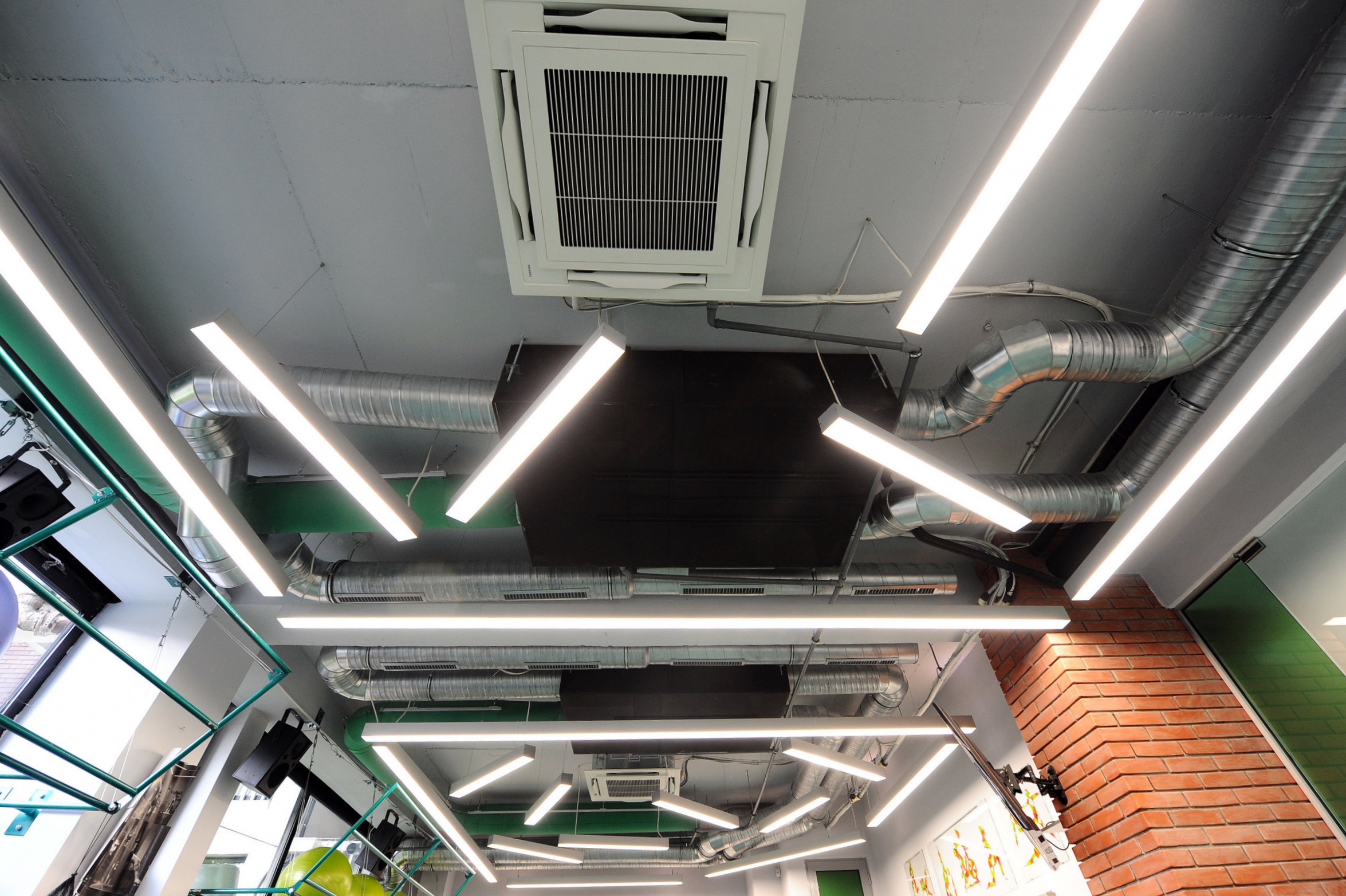 ceiling_air_conditioning