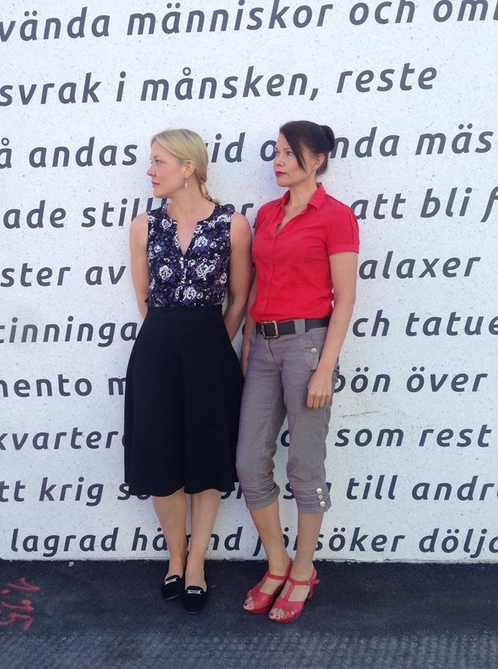 Johanna Holmström och Hannele Mikaela Taivassalo som leder Skriftskolan.