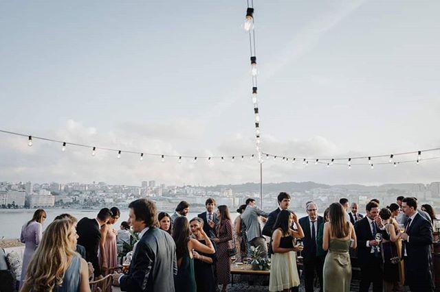 The Greatest Sunset, la boda de Ana y Edu 🖤  @minnesotagarden . . . . #elopement #outdoorwedding #bride #fineartwedding #bodas #vintagewedding #coruna #boda #destinationwedding #destinationweddingphotographer #bridedress #bridalphotoshoot #loveandwildhearts #bodasconestilo #bodasgalicia #bodas2019 #novias2019 #bodasconencanto #smpshareyourstory #noviasconestilo #elopementphotographer #greenweddingshoes #theknot #beachwedding #junebugweddings #everydayibt #bohoweddingdress #novias #museodomuscoruña #sinspirersemarier