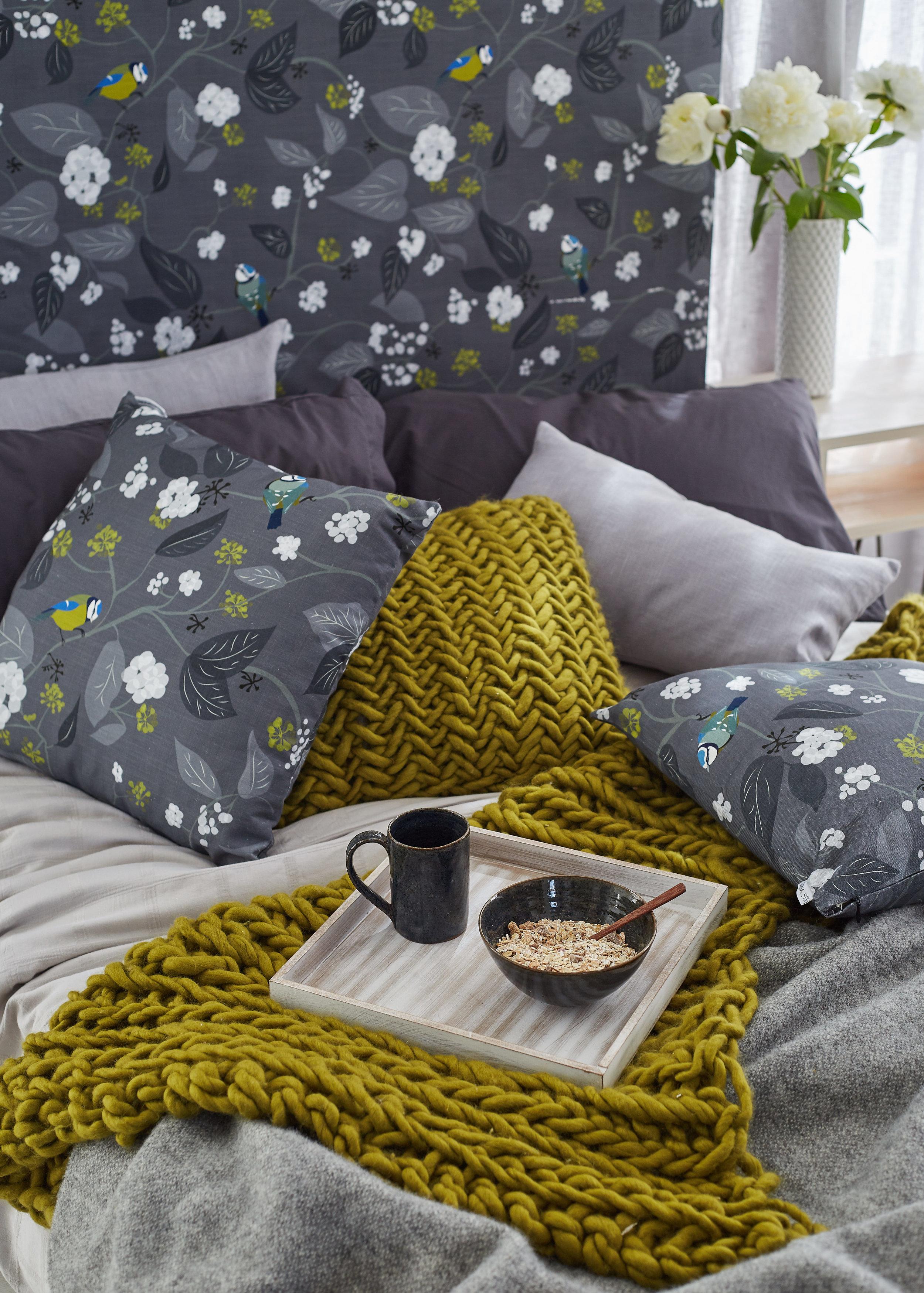 Lorna-Syson-SpringIvy_bedroom_HR.jpg