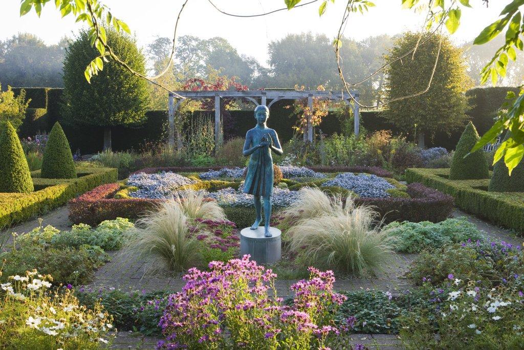 Waterperry Gardens 3.jpg