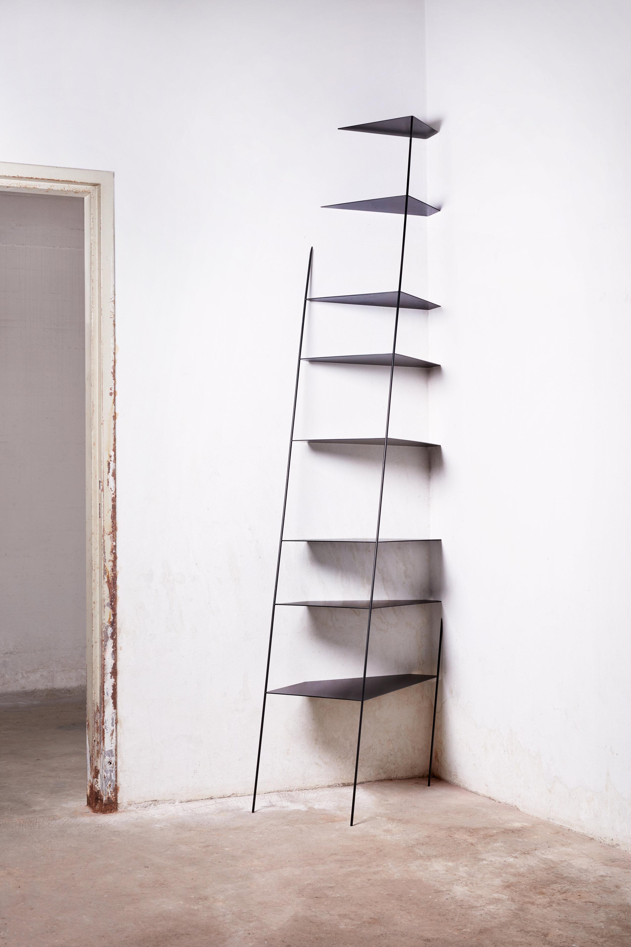 Big Leaning Shelf-Marija_Đondović-2.jpg