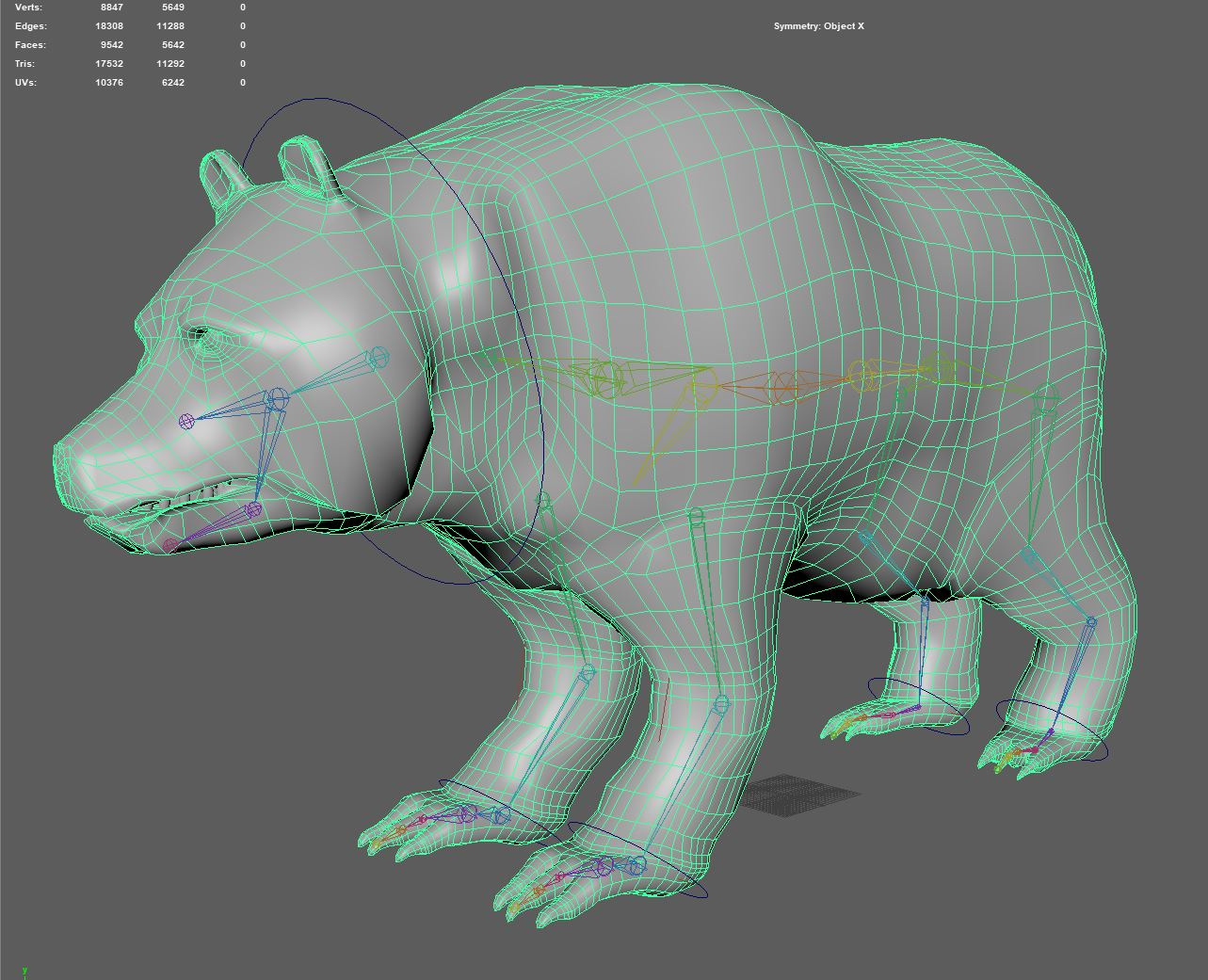 Final model and weight-painted rig. Texture for the bear was outsourced to a student outside of the project.