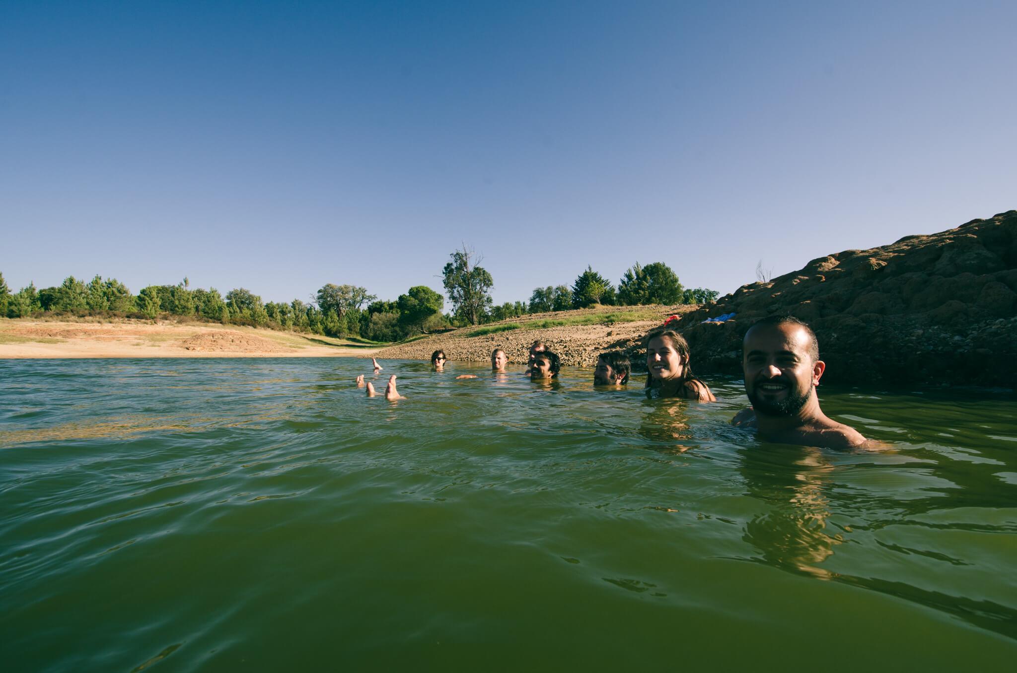 chilling-in-the-lake-breathe-portugal.jpg