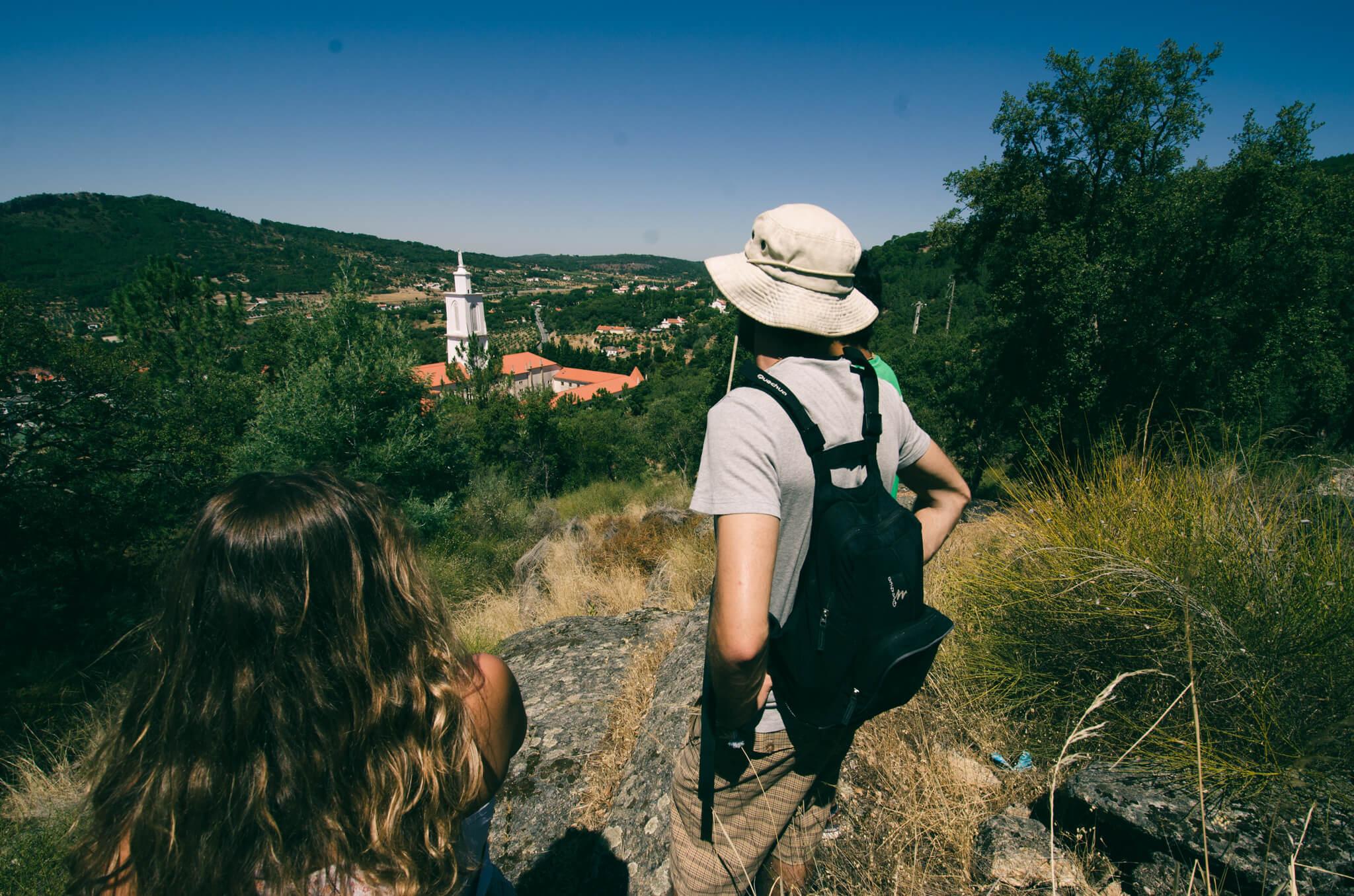contemplating-the-landscape-breathe-portugal.jpg
