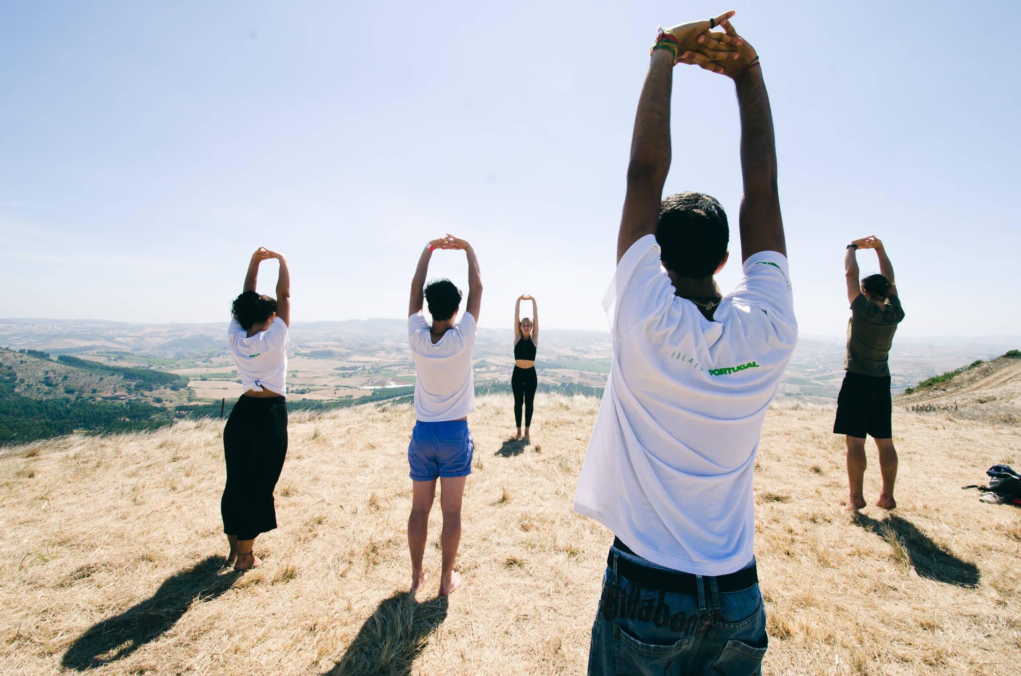 yoga-class-on-a-hill-breathe-portugal.jpg