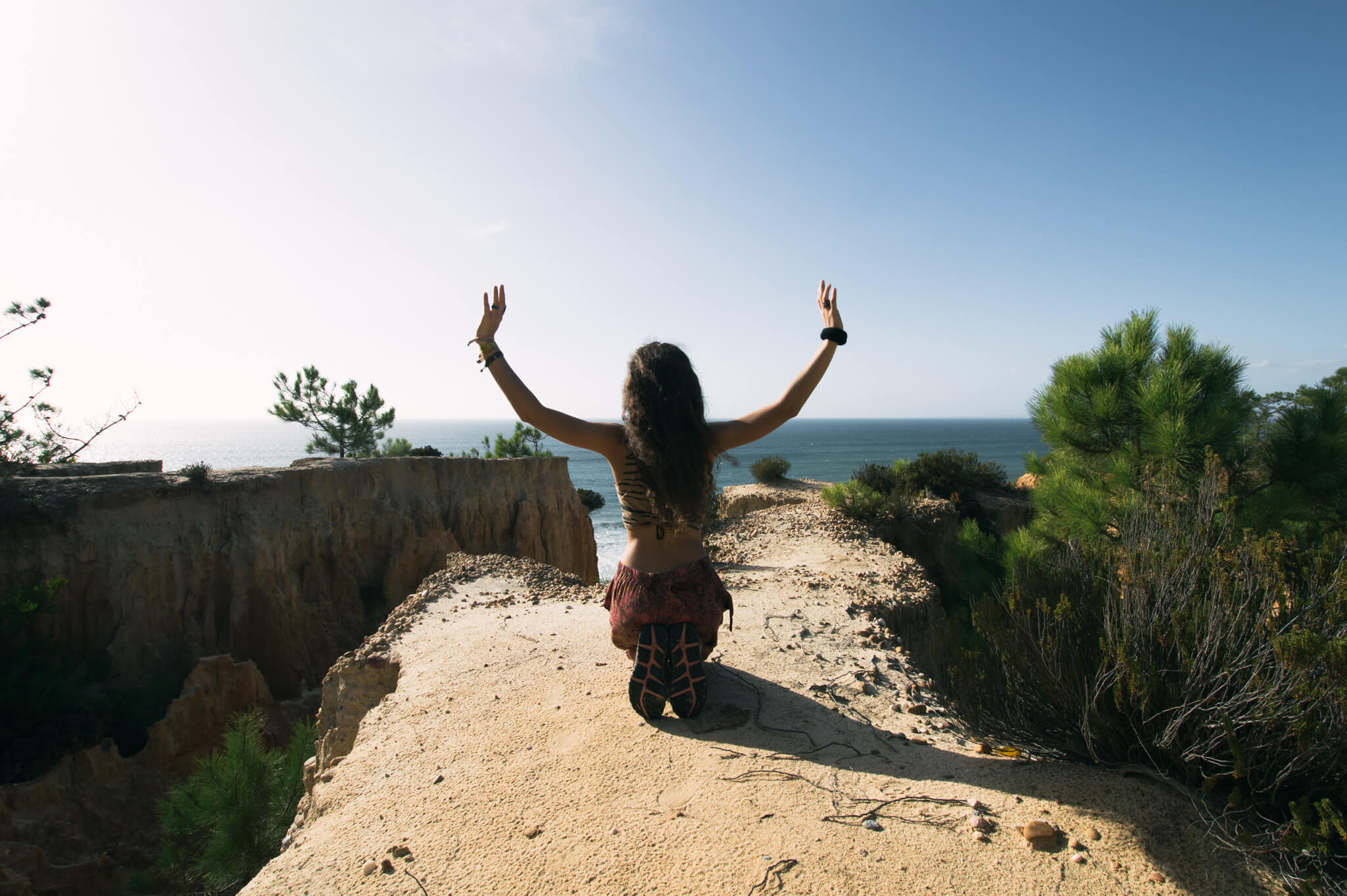 meditative-canyon-beach-breathe-portugal.jpg