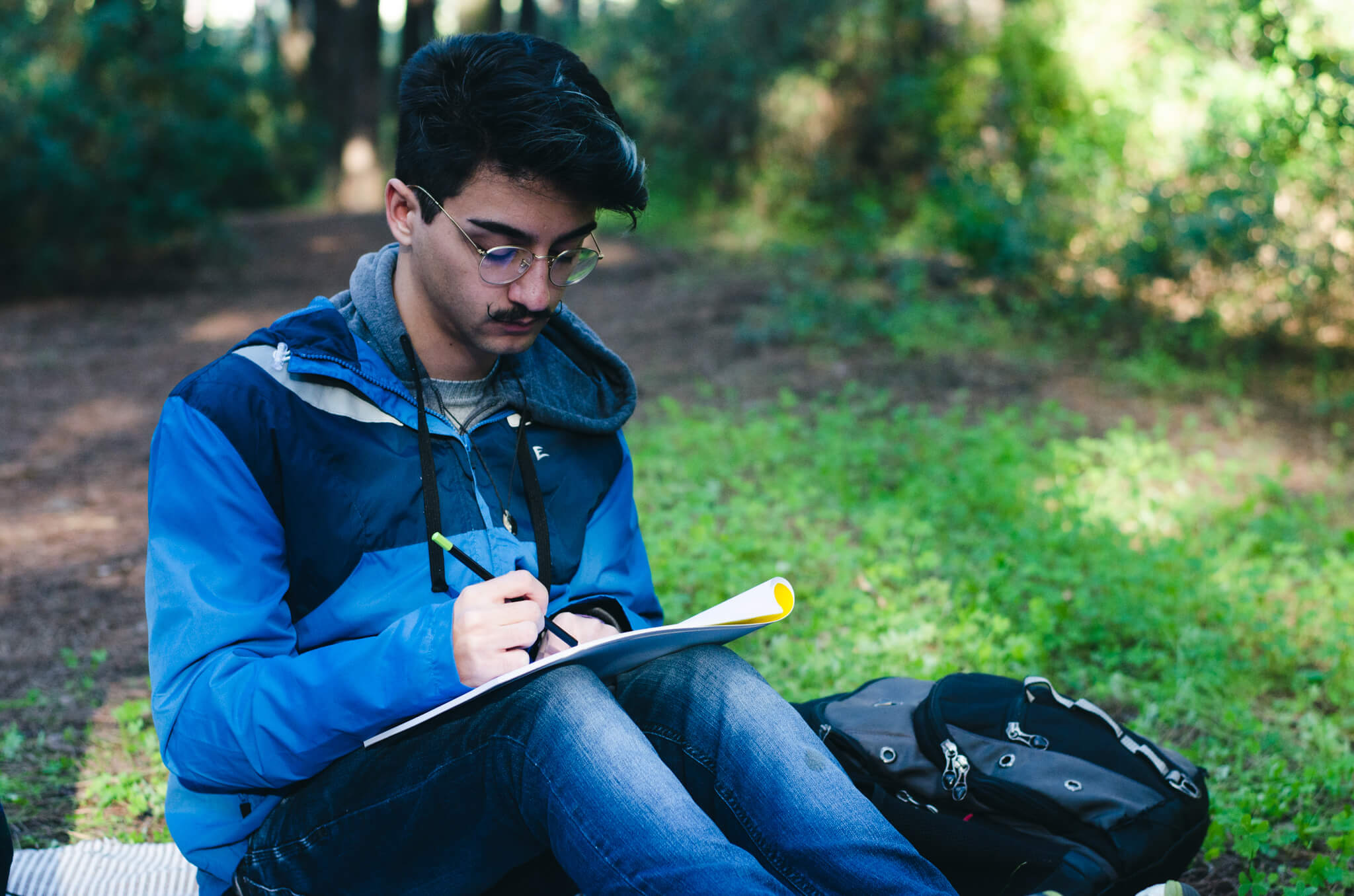 HIKE & SKETCH IN NATURE  Costa da Caparica Fossil Cliff FROM 45,00€  Into the forest we go, with a pencil, a paper, and some crayons. It is a creative and mindful experience and a refreshing break from our technology-filled, overstimulated world.