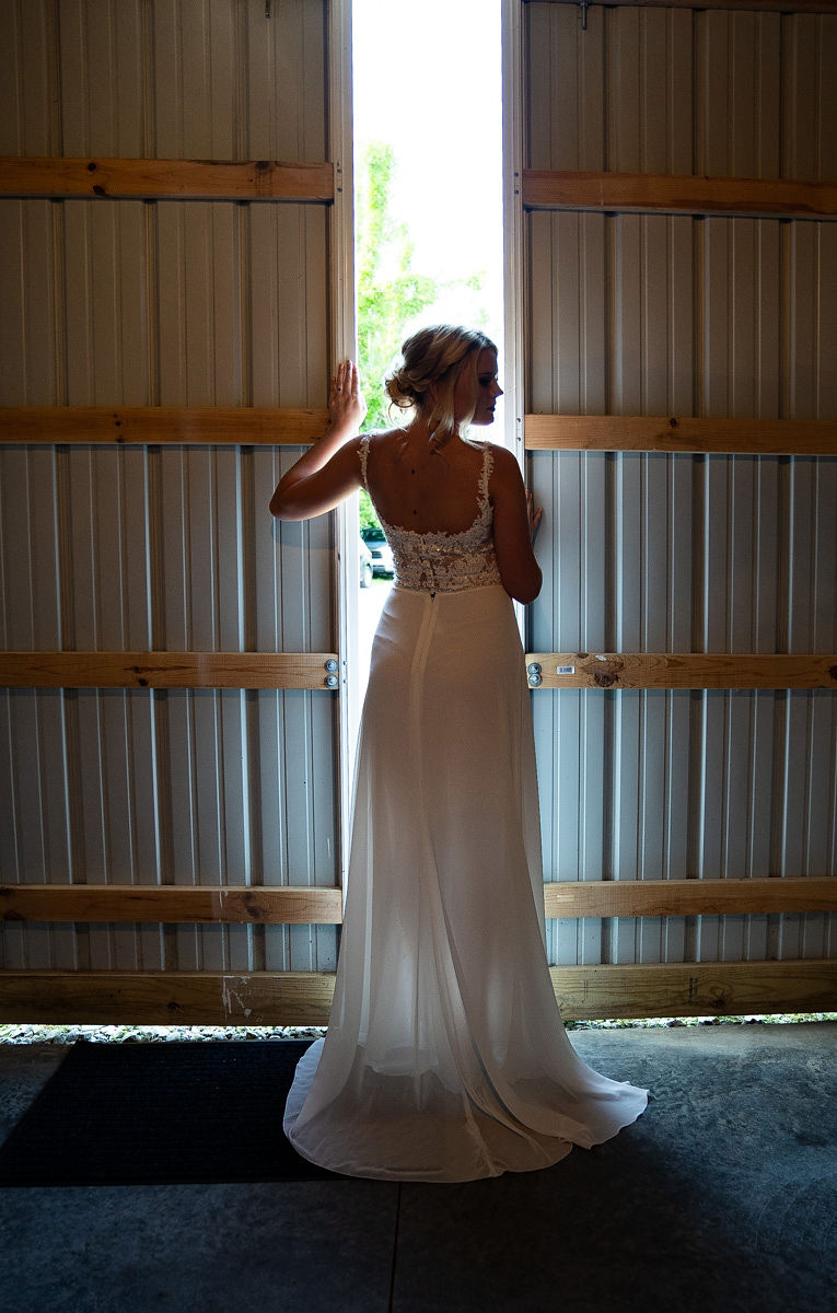 EmmaMales_Indianapolisweddingphotography_vinyardelopement-7.jpg