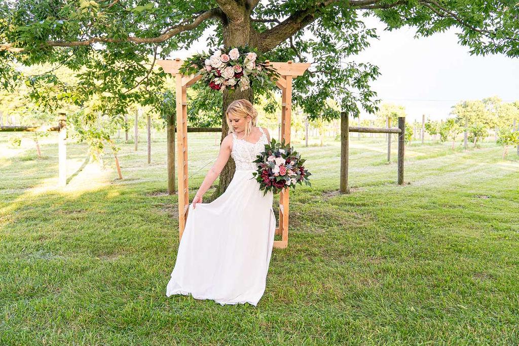 EmmaMales_Indianapolisweddingphotography_vinyardelopement-26.jpg