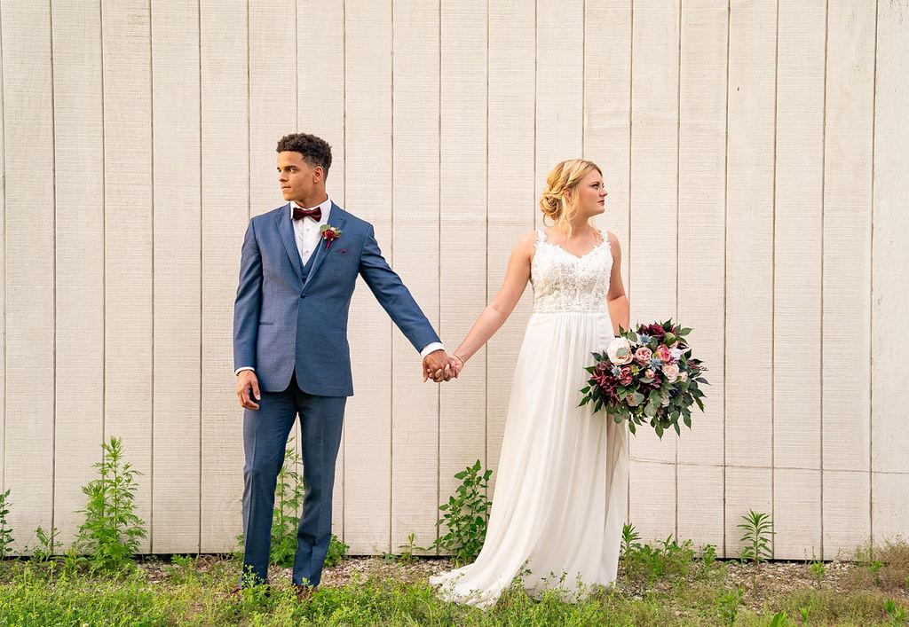 EmmaMales_Indianapolisweddingphotography_vinyardelopement-46.jpg