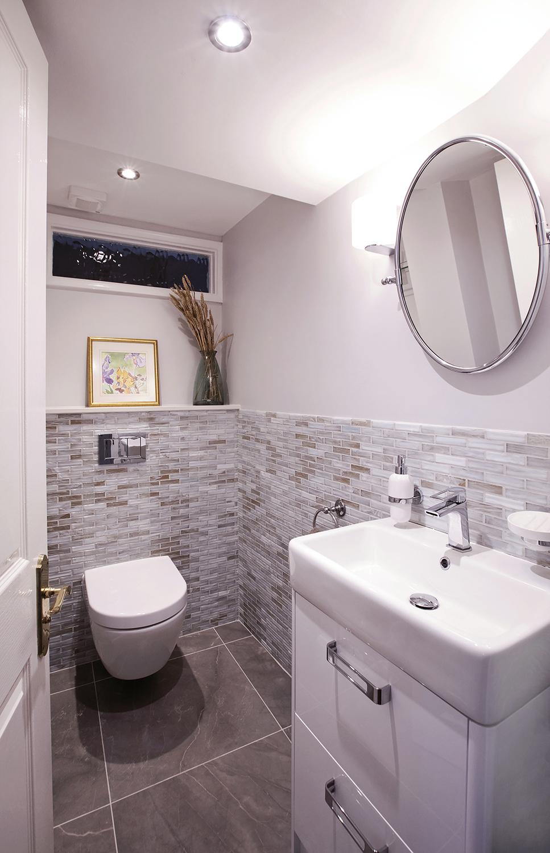bathroom_one.jpg