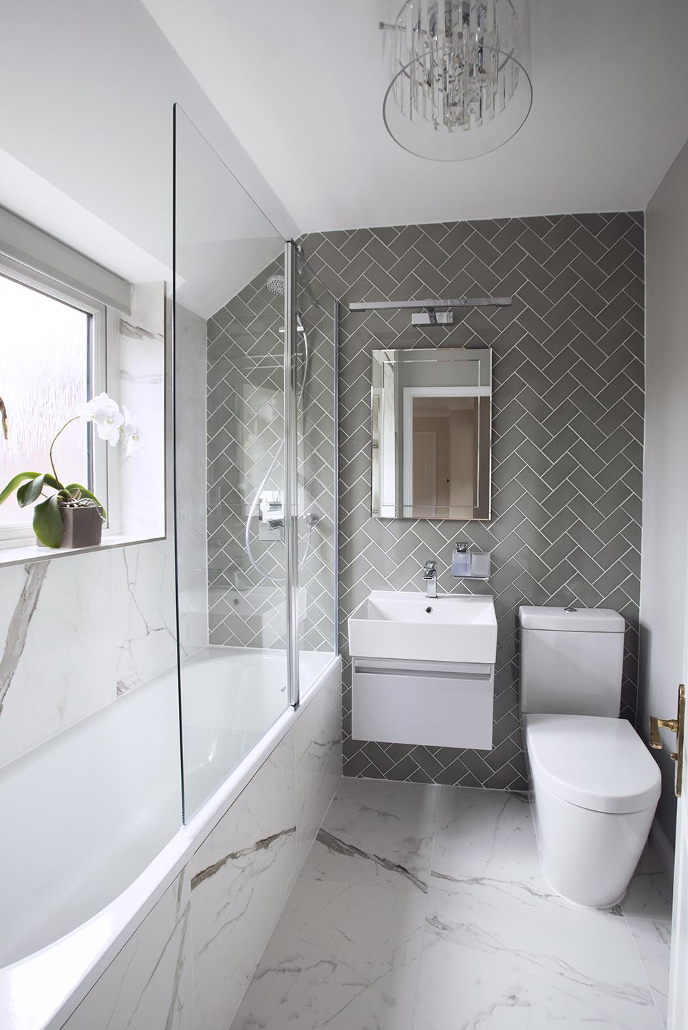 bathroom_two_1.jpg