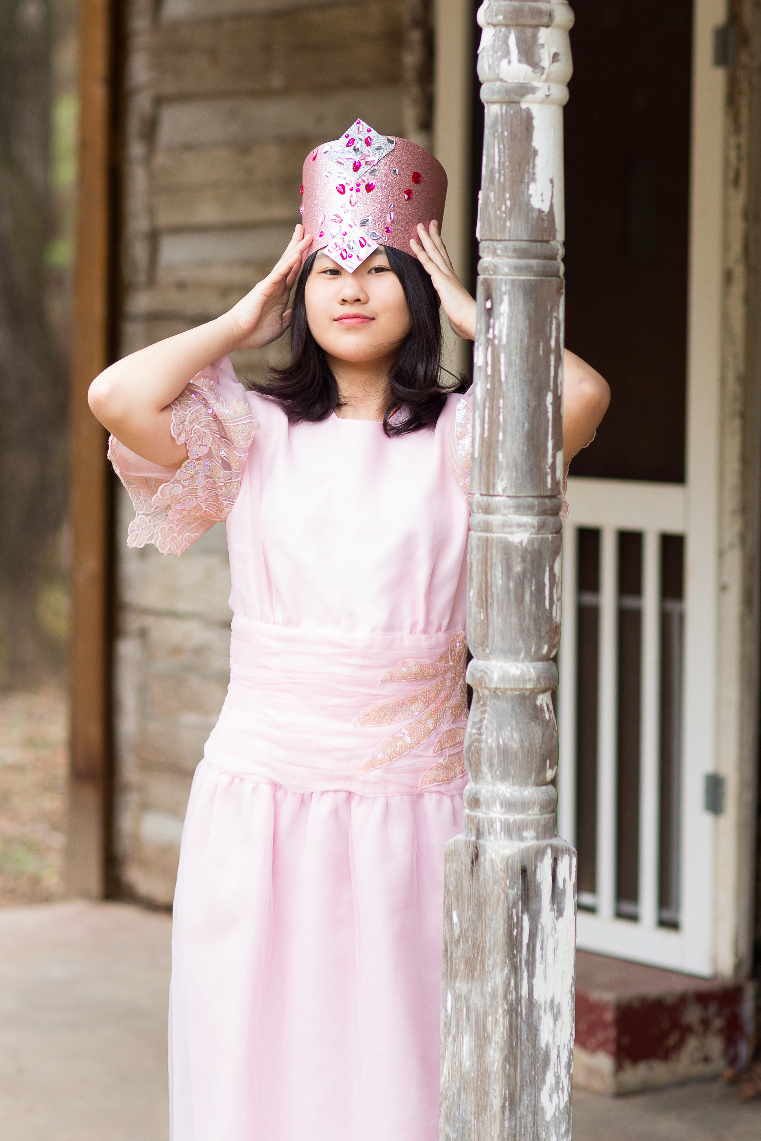 Jenny Jiang as Glinda