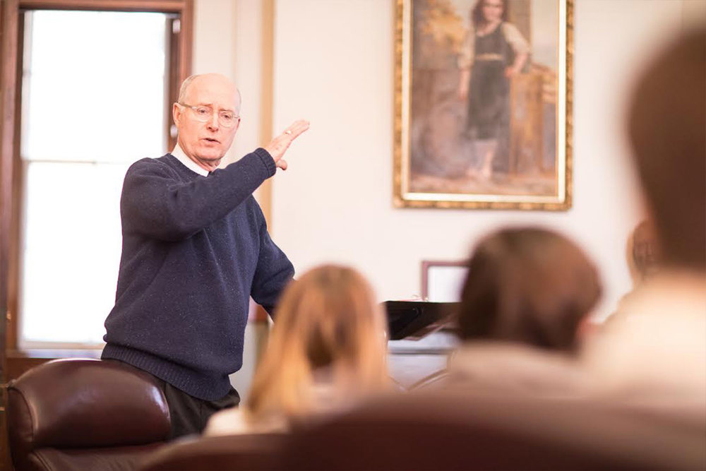 CRIME OF THE CENTURY<span>Head of School emeritus returns to teach course on the assassination of John F. Kennedy.<span>