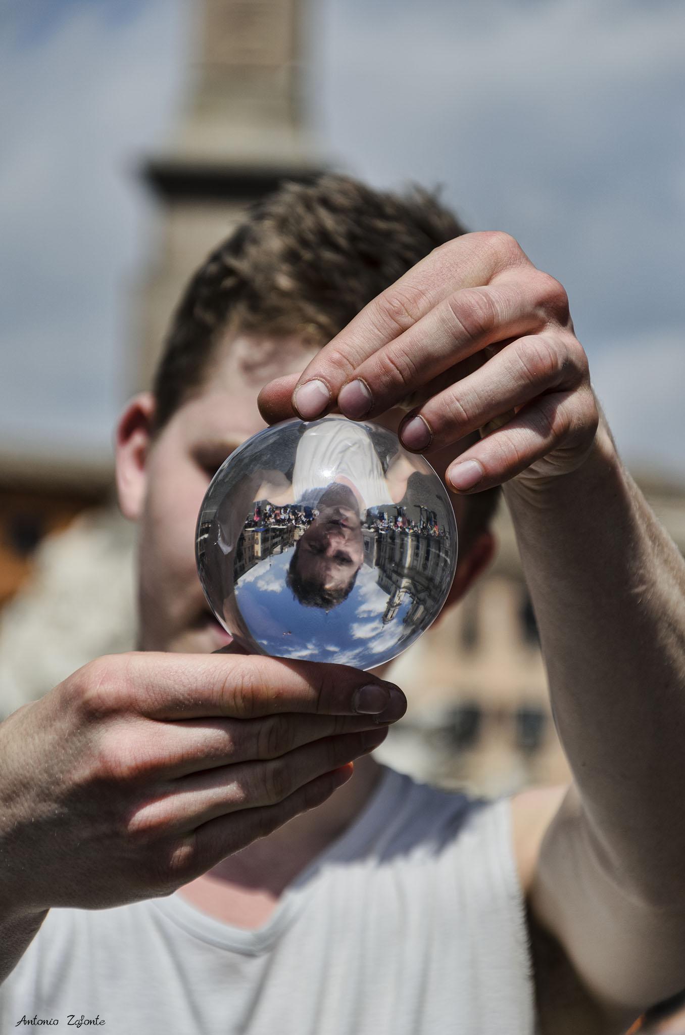 Contact juggling Rome.jpg