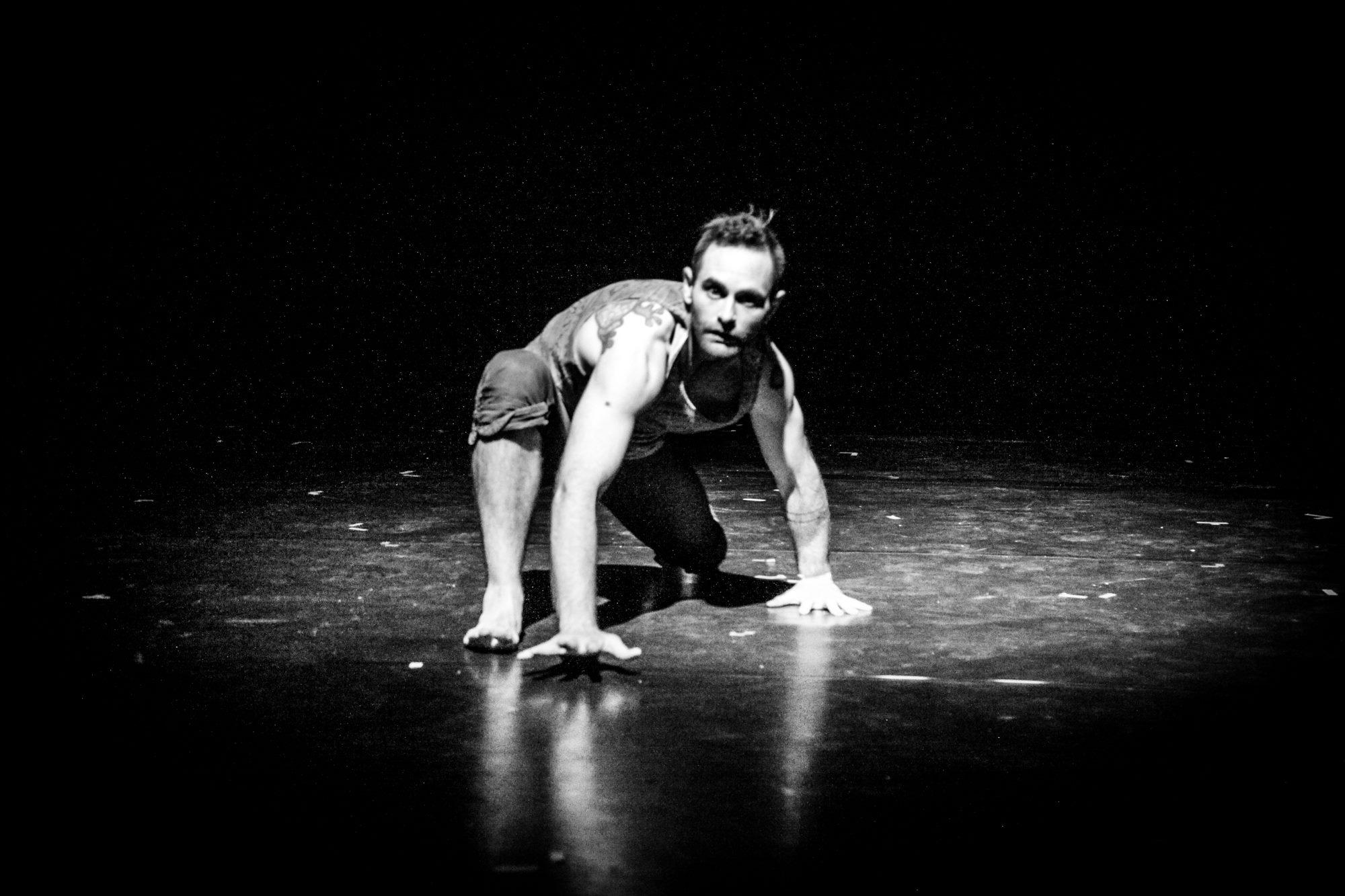 unforgotten_sean-acrobat.jpg