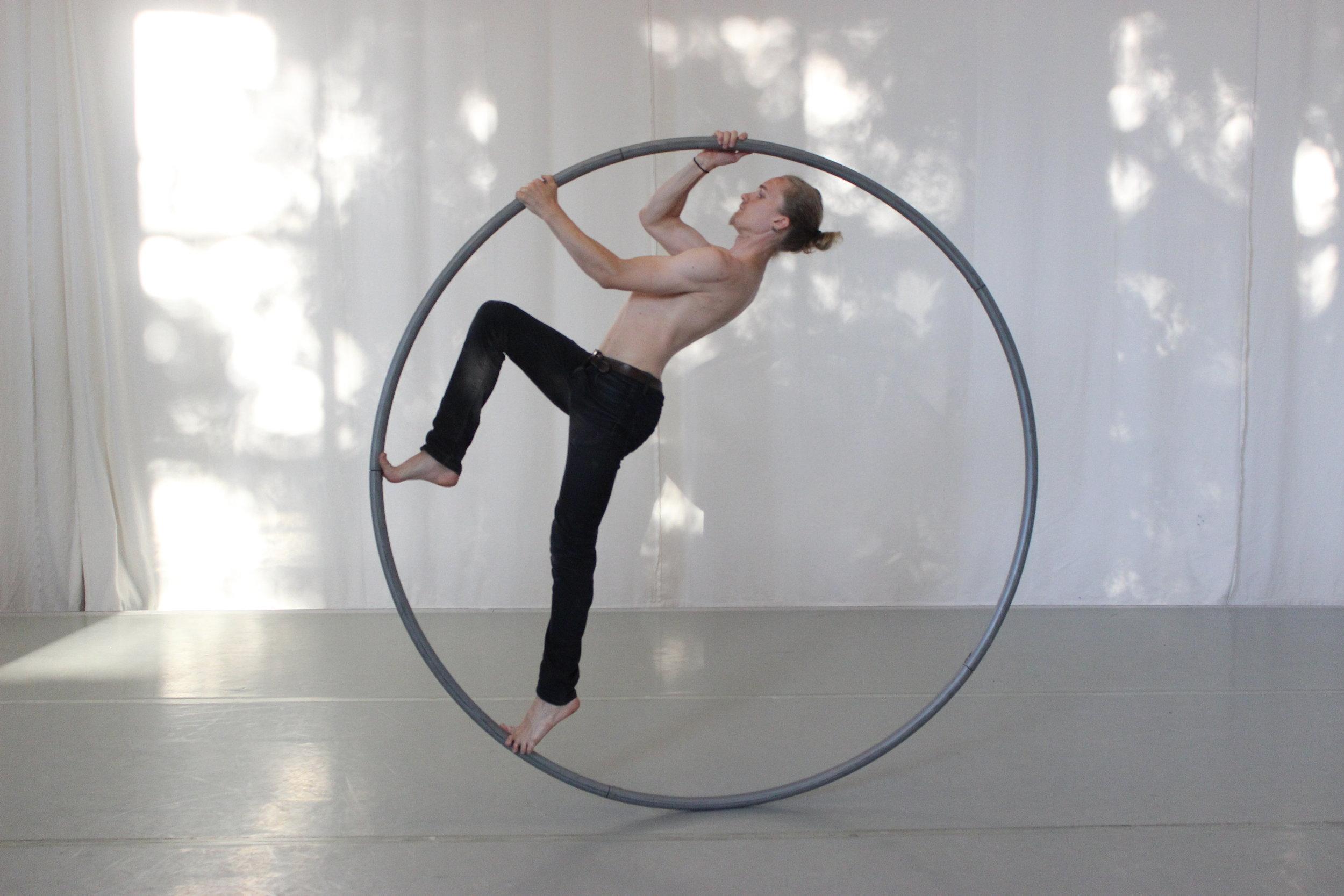unforgotten_markus-acrobat3.JPG