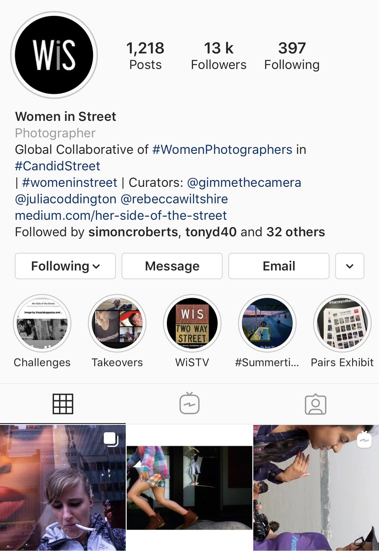 Women In Street - @chloejuno