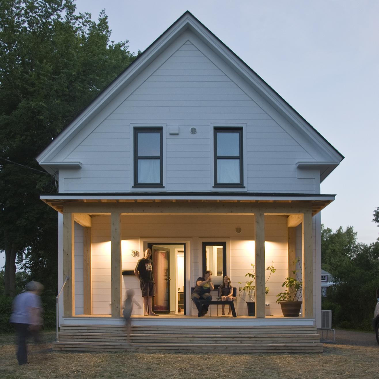 VSH4 - Simple and Clean High Performance Modern Farmhouse