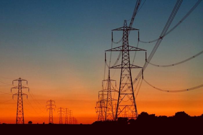 high-voltage-pylons.jpg