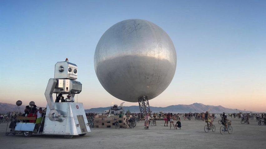 the-orb-bjarke-ingles-jakob-lange-burning-man-2018-highlights_dezeen-hero-a-852x479-1.jpg