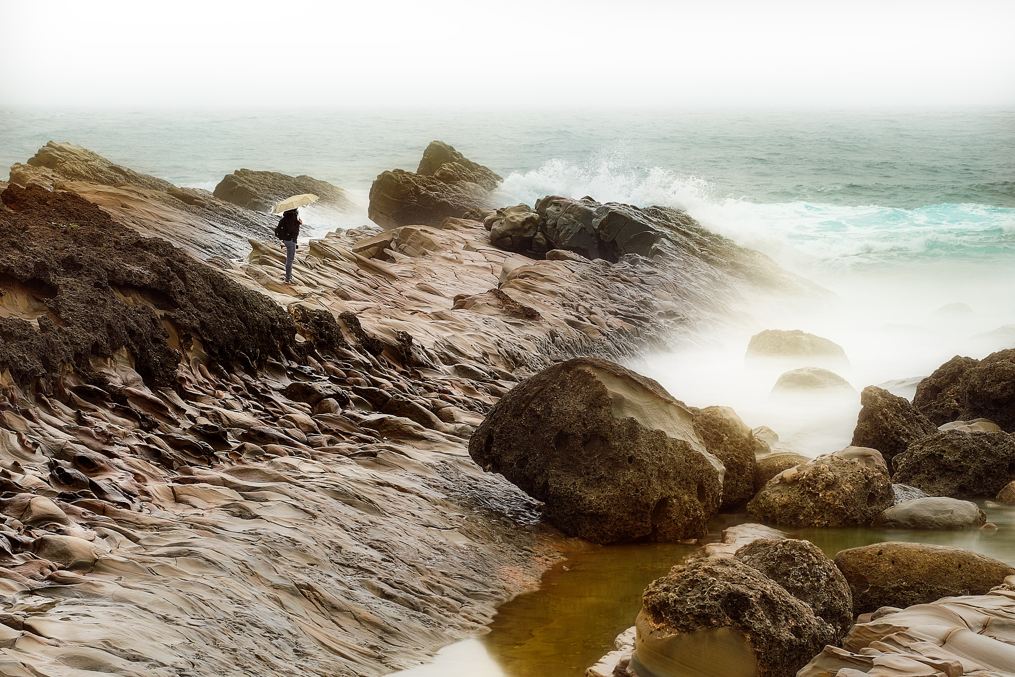 Contemplating the Waves.Fujifilm XT2 - XF90mmF2