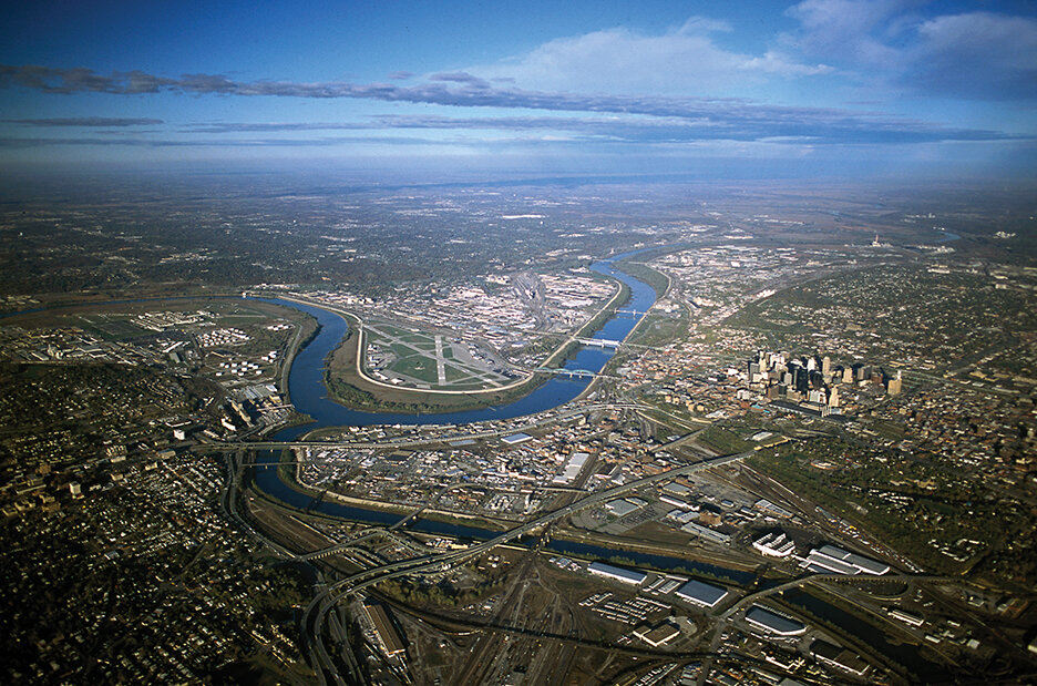 Alex MacLean.Confluence of Missouri and Kansas River, photograph, copyright 2002..jpg