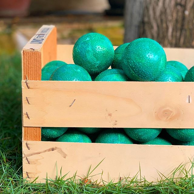 A fresh basket of Larahas for @landhuischobolobo. Picked from our own injection machine🍊 •  This product is made from two parts. We created it with a complex click system so they can be attached without any adhesive making is more sustainable♻️