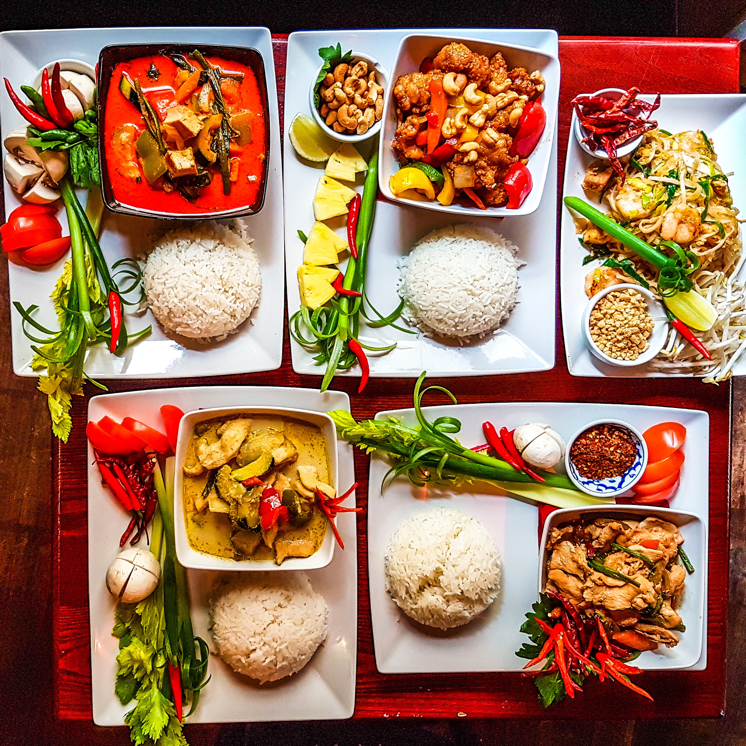 Click here for great Thai food delivered to your door -