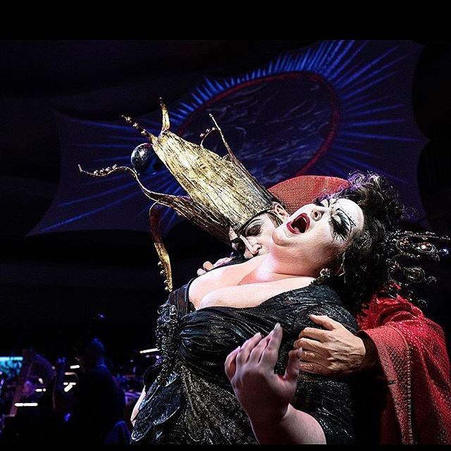 Time to take a bite out of Hamburg. Opening night of Le Grande Macabre tonight at the @elbphilharmonie with @alantgil at the helm. Insanely amazing production by @dogfishduckfish with fantastic costumes by @catherinezuber. 📸 by @peterhundert #luckylady #soprano-ish #grandemacabre #elbphilharmonie #elbphi #dominatrix #alltheaccesories #thegirls