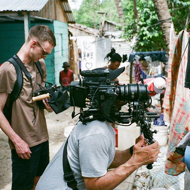 Portraits at Cien Fuegos - 𝐃𝐨𝐦𝐢𝐧𝐢𝐜𝐚𝐧 𝐑𝐞𝐩𝐮𝐛𝐥𝐢𝐜 W/ @dosed.films  📸 𝘑𝘢𝘴𝘱𝘦𝘳 𝟹𝟻𝘮𝘮 📽 𝘙𝘦𝘥 𝘎𝘦𝘮𝘪𝘯𝘪 + 𝘚𝘪𝘨𝘮𝘢 𝘊𝘪𝘯𝘦 + 𝘉𝘗𝘔
