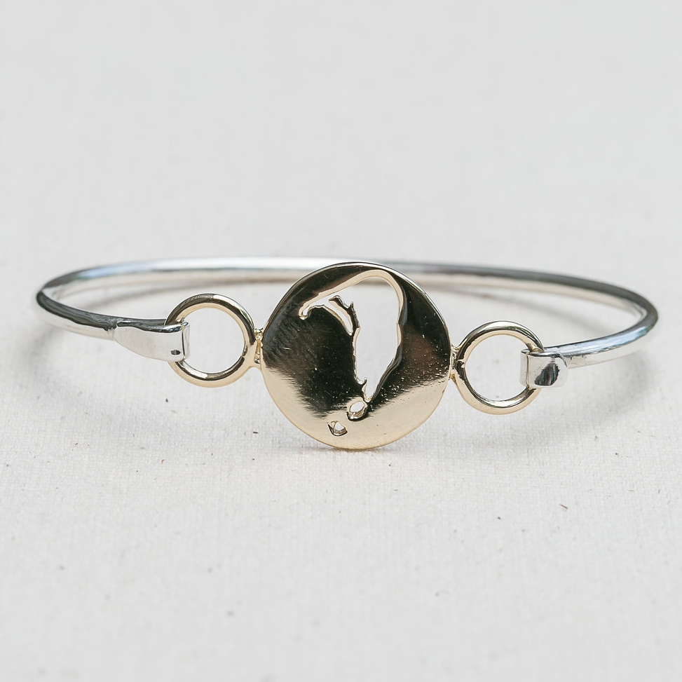 Island Cut Out Bangle